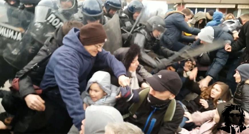 POLICEBRUTAL25DEC